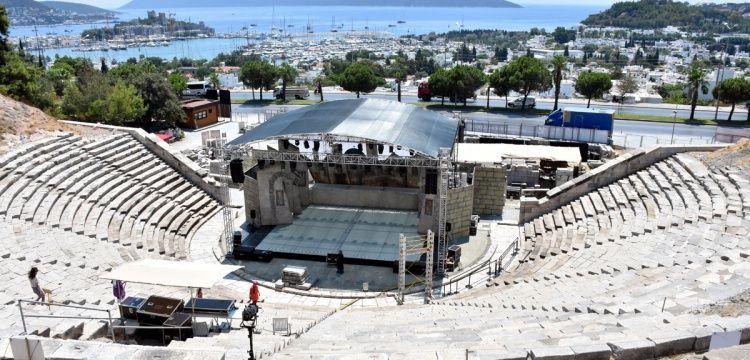 Bodrum Antik Tiyatrosu 2400 yıldır kültürün hizmetinde
