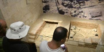 8200 yıllık aşıklar Mardin Müzesinde sergileniyor