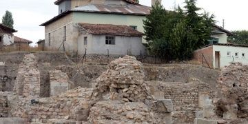 Sebastapolis Antik Kentinin hamamı gün yüzüne çıktı