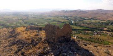 Türkiyenin bilinmeyen kız kalesi: Elbistan Kızkalesi