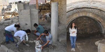 Noel Baba Kilisesinde mozaik parçası ve 5 iskeletli mezar bulundu