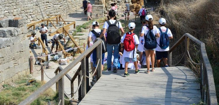 Troya Antik Kentinde son 10 yılın ziyaretçi rekoru kırıldı