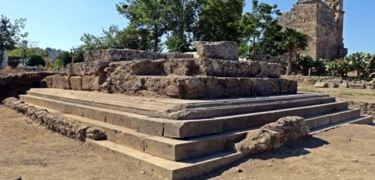 Plancia Magna'nın anıt mezarı için son kazılar yapılıyor