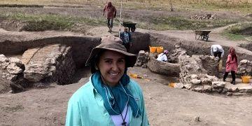 ABDli arkeolog Ashley Cercone azmiyle Küllüoba kazılarına katıldı