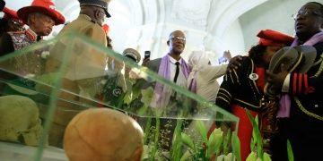 Almanya katlettiği Herero ve Namaların kemiklerini iade etti
