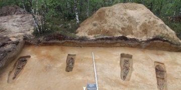 Batı Sibiryada 13. yüzyıla ait 6 mezar bulundu