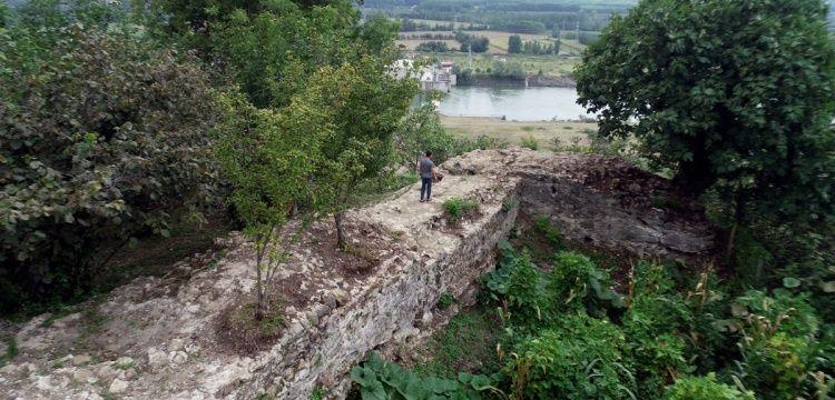 Çarşamba'daki Fındık bahçesinde tarihi kale bulundu