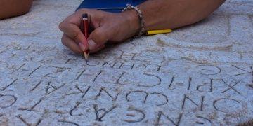 Bilecikin antik kitabeleri tek tek kayıt altına alındı