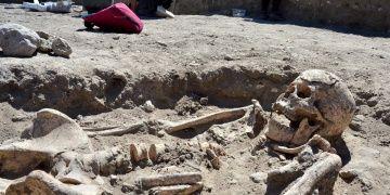Troya Antik Kentinde Bizans mezarlığının devamı bulundu