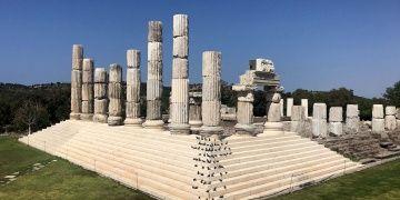 Apollon Tapınağının Mitolojik Fareleri de Geldi