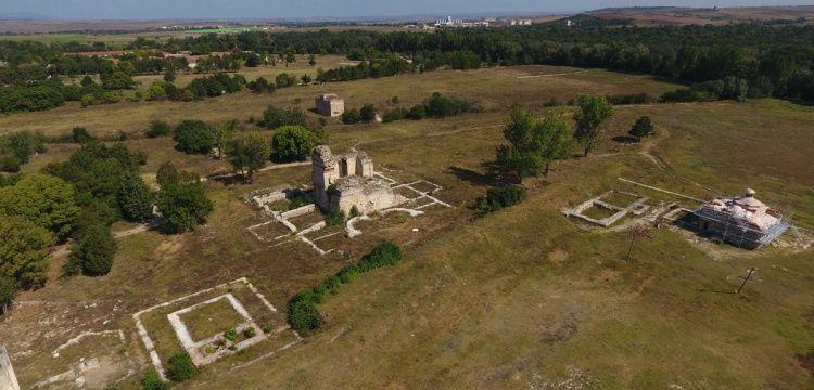 Prof. Dr. Erhan Tabakoğlu: Edirne Sarayı kazıları yıl boyu sürmeli