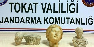 Tokatın Tosunlar köyünde 4 parça tarihi eser yakalandı