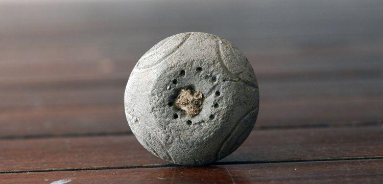 Çanakkale'de 4 bin yıllık kemik saplı ağırşak bulundu