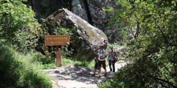 Aya Varvara Manastırı 8 ayda 264 bin 425 turist ağırladı