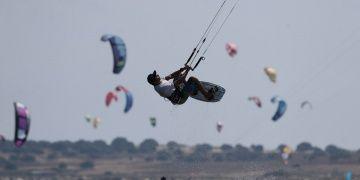 Gökçeada rüzgar sporlarıyla turizmde iddiasını artırıyor