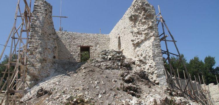 Düzce'deki Ceneviz Kalesinde yeni bir kapı keşfedildi