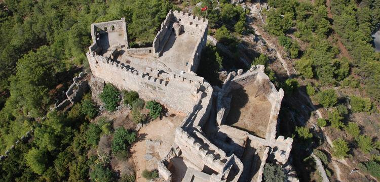 Ehmedek Kalesinde Osmanlı devri kale tüfekleri bulundu