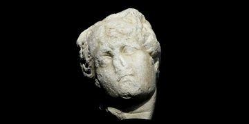 Laodikyada bulunan Afrodit heykeli başı