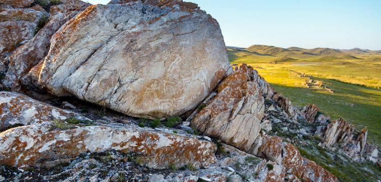 Sibirya'da Tunç Çağında yapılmış kaya resimleri bulundu