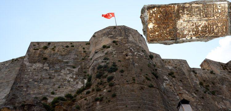 Bitlis Kalesi Kanuni Sultan Süleyman'ın emri ile onarılmış