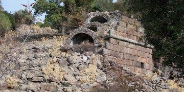 Aigaide 2200 yıllık tiyatronun vomitorium girişi bulundu