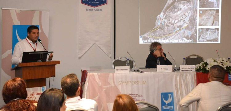 Aliağa'da düzenlenen ilk arkeoloji kongresi ilk gün oturumlarıyla başladı