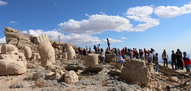 Nemrut Dağı ören yeri mart ayına kadar ziyarete kapatıldı