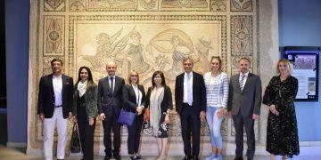 Büyükelçiler Zeugma Mozaik Müzesini ziyaret etti