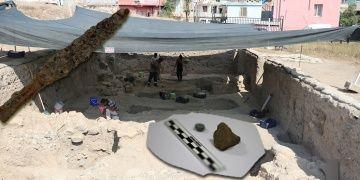 Adanada 2700 yıllık iki ayrı mühür bulundu
