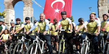 UNESCO Dünya Mirası Yolunda Bisiklet Turu üçüncü kez başarıyla koşuldu