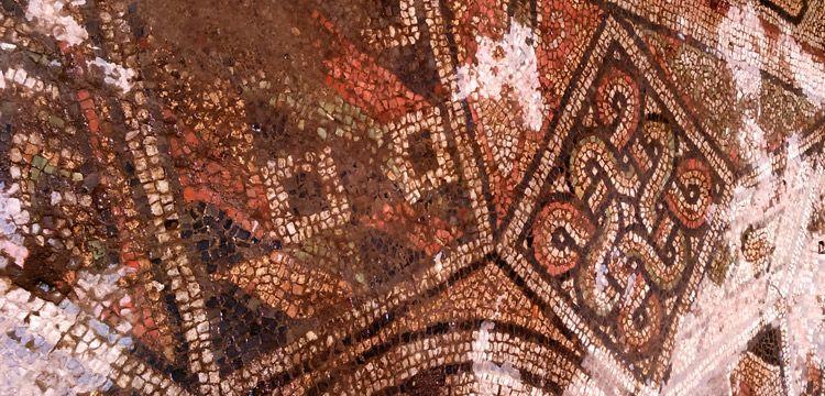 Samsun'da bulunan Süleyman Düğümü motifli mozaik restore ediliyor