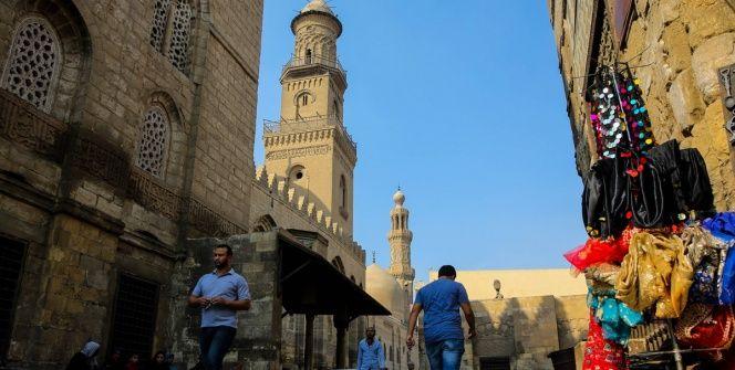 Kahirenin El-Muiz Caddesi Osmanlı tarihini yaşatan müze gibi