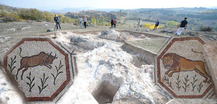 Hadrianaupolis mozaiklerinde Havari Markos ve Lukas tasvir edilmiş