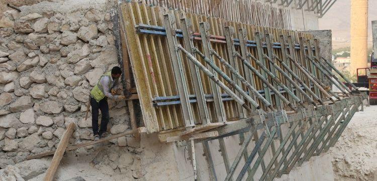 Hasankeyf'te su altında kalacak tarihi yapılar güçlendiriliyor