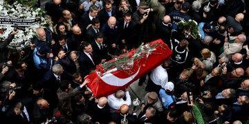 Usta Sanatçı Ara Güler, Şişli Ermeni Mezarlığına defnedildi