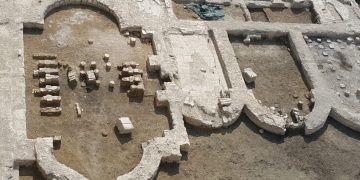 İzmirde iş hanı inşaatından imparatorluk salonu çıkarıldı