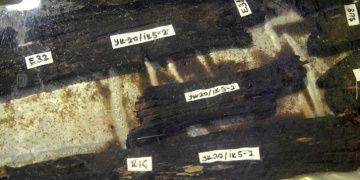 Yenikapı arkeoloji kazılarında bulunan batıklar dondurularak kurutuluyor