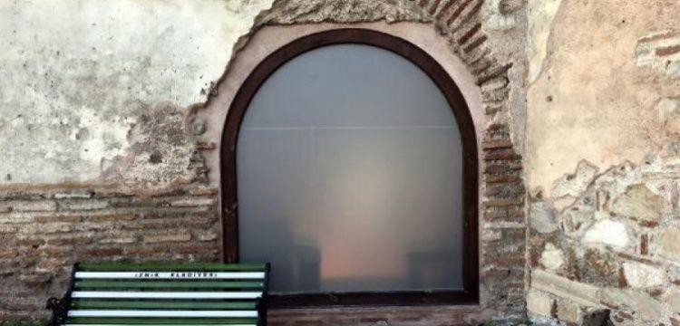 Cam kapı ve buzlu cam takılan cami TBMM'de soru önergesi oldu