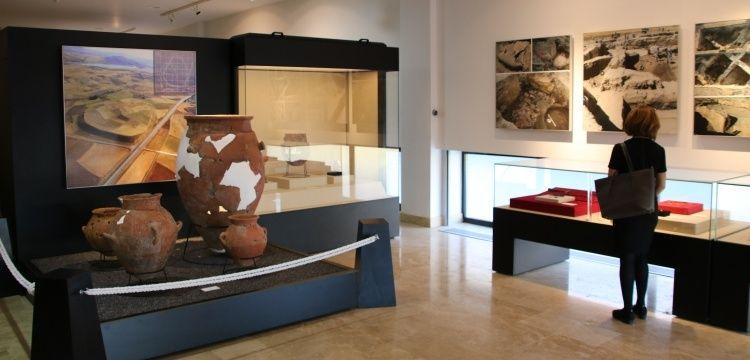 Kalehöyük arkeoloji kazıları eser deposu İş Bankası'na emanet