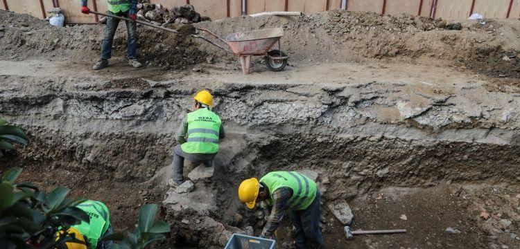 Üsküdar'da İSKİ kazısı arkeoloji kazısına dönüştü
