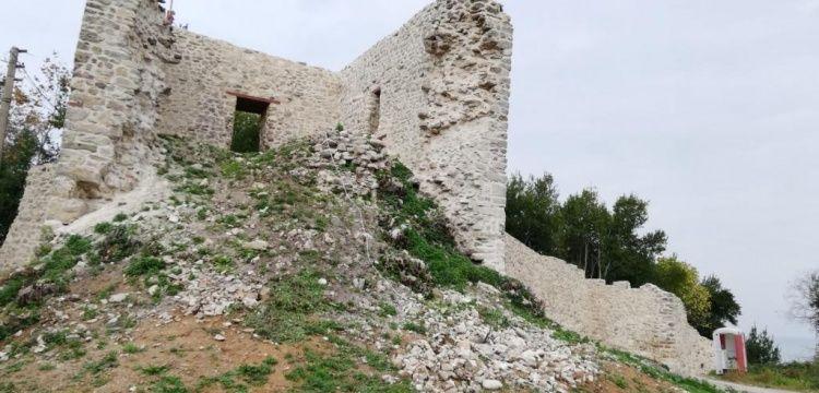 Akçakoca'daki Ceneviz Kalesinde seyir terasları planlanıyor