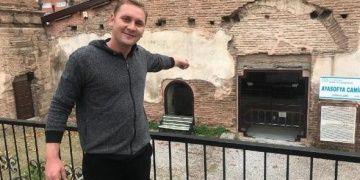 Ayasofya Orhan Caminin cam kapısı sökülmeye hazırlanıyor