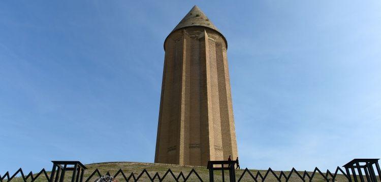 Nakş-ı Rüstem kaya mezarları ve Kabus Kümbeti yağışlardan zarar gördü