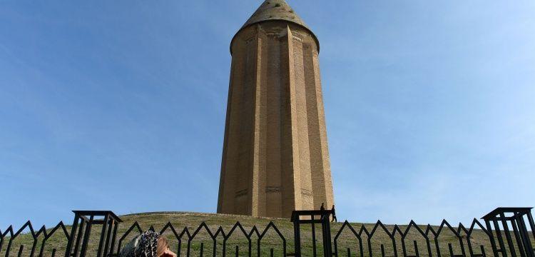Kabus Kümbeti tuğladan yapılmış en uzun yapı