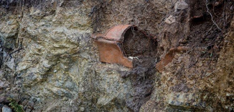 Bodrum'da sel gitti antik lahit kaldı!