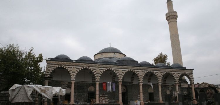 Diyarbakır Surda bulunan Fatih Paşa Camisi restorasyonu bitmek üzere