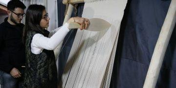 İki bin yıllık Roma dokuma tezgahı İzmirde yeniden imal edildi