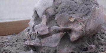 Ekvadorda 10 bin yıllık mezarlar bulundu