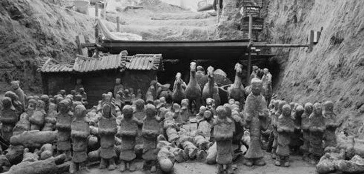 Çin'de 2100 yıllık minyatür Terakota ordusu bulundu