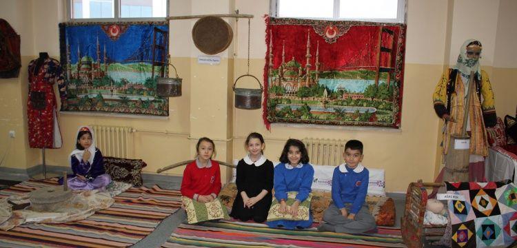İlkokulda müze sınıf oluşturdular